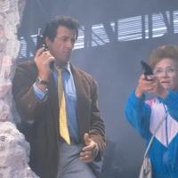 Stop! Or My Mom Will Shoot (1992) หยุด! ไม่หยุดแม่ยิงนะ