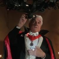 Dracula: Dead and Loving It (1995) แดร็กคูล่า 100% ครึ่ง
