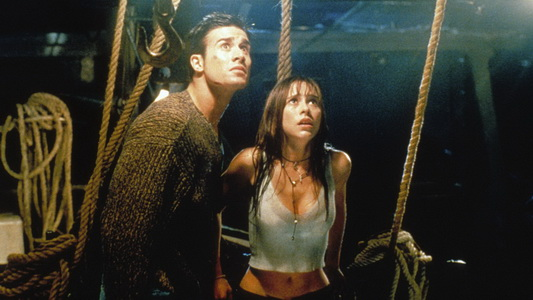 I KNOW WHAT YOU DID LAST SUMMER, from left: Freddie Prinze Jr., Jennifer Love Hewitt, 1997, © Columb
