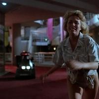 Chopping Mall (1986), ห้างสยอง หุ่นมหาภัย