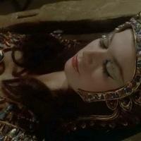 Blood from the Mummy's Tomb (1971) สัตว์สาวจากโลงศพ